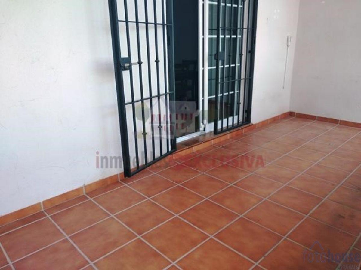 For sale of flat in Las Gabias