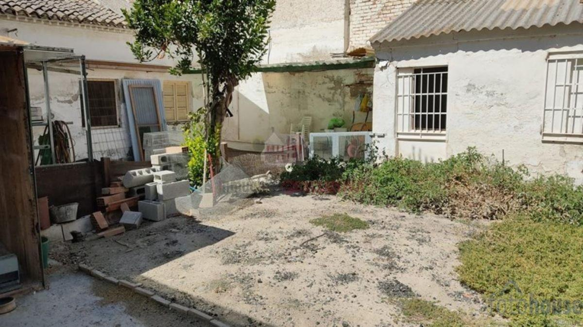 For sale of land in Atarfe