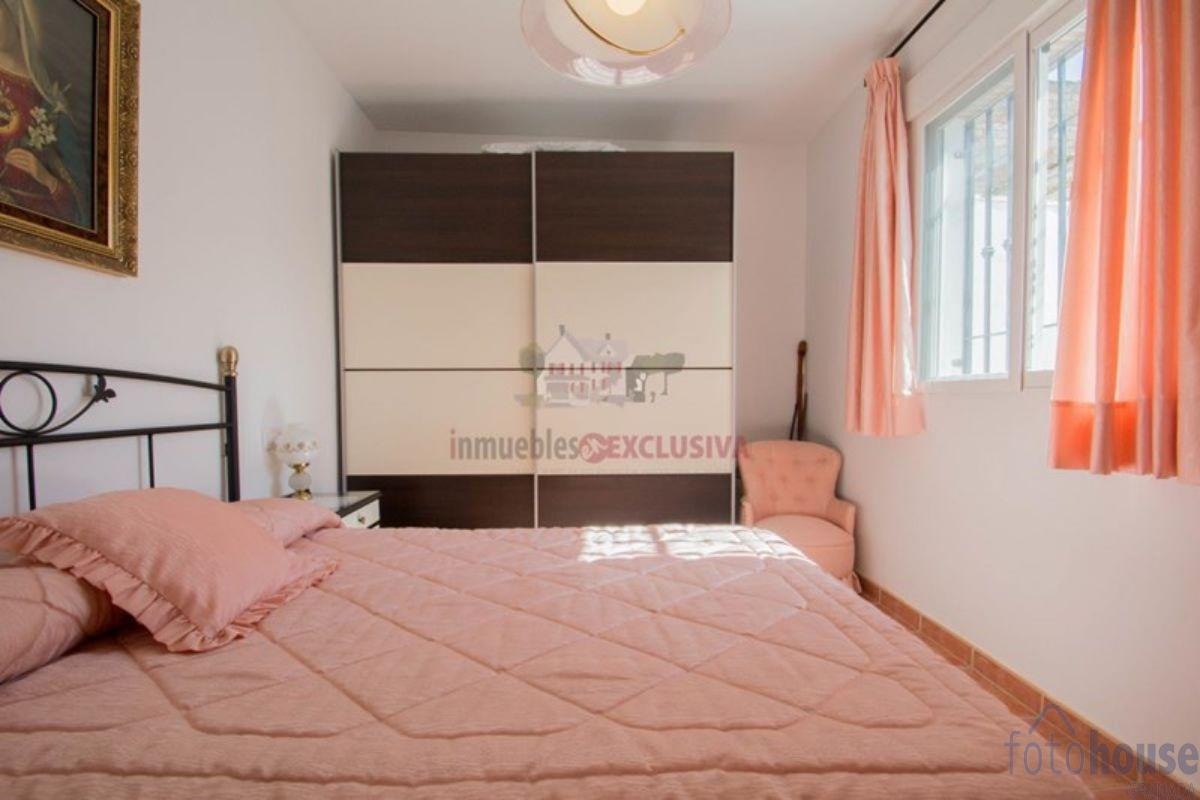 For sale of house in Híjar