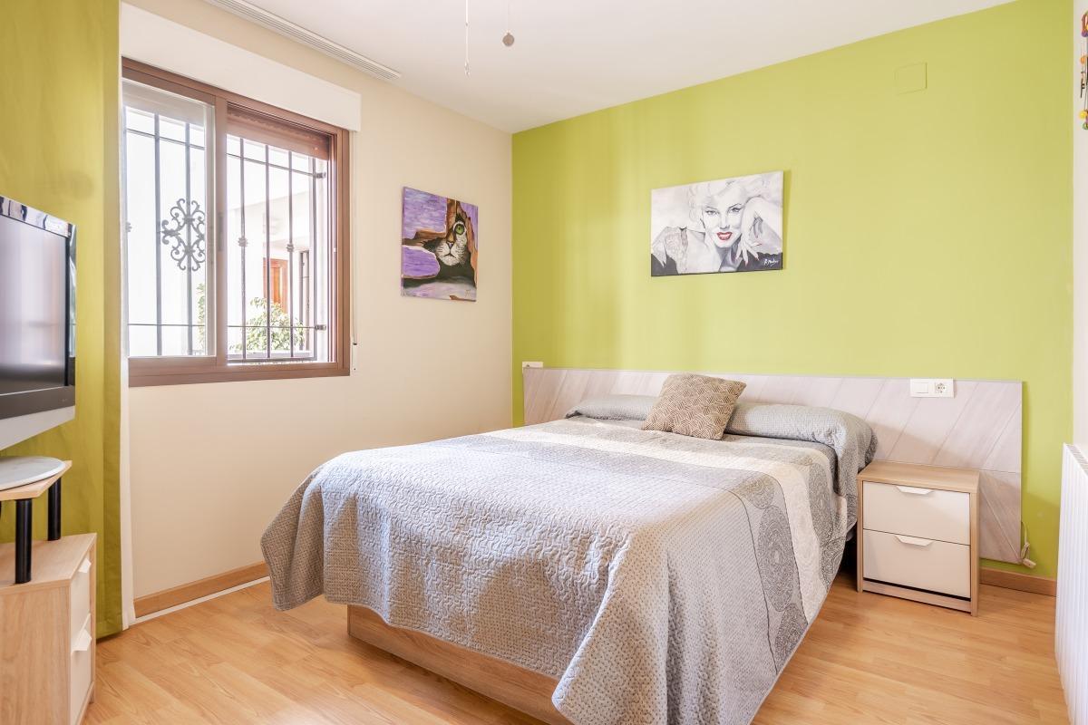 For sale of flat in Monachil