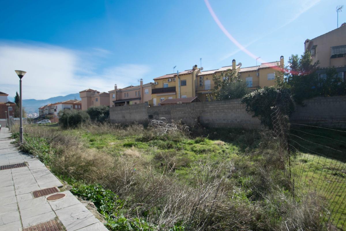 For sale of land in Ogíjares
