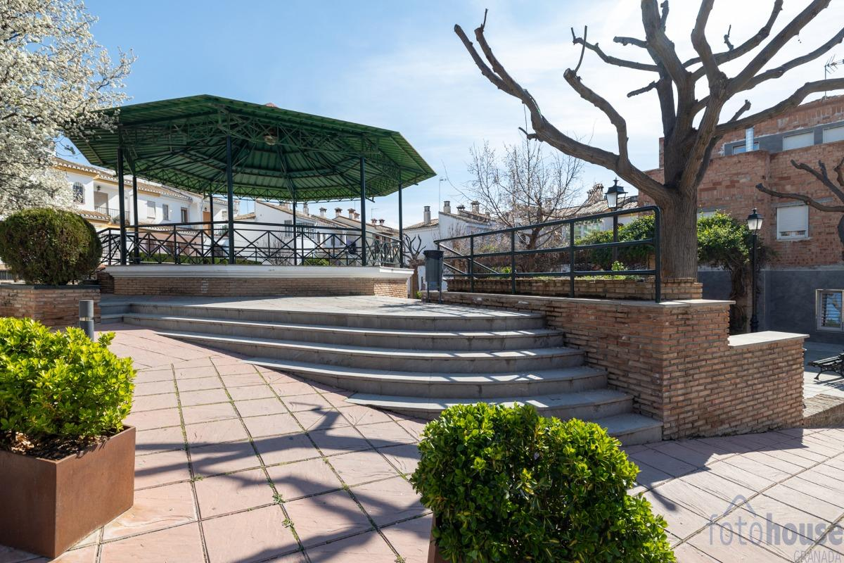 For sale of flat in Pulianas