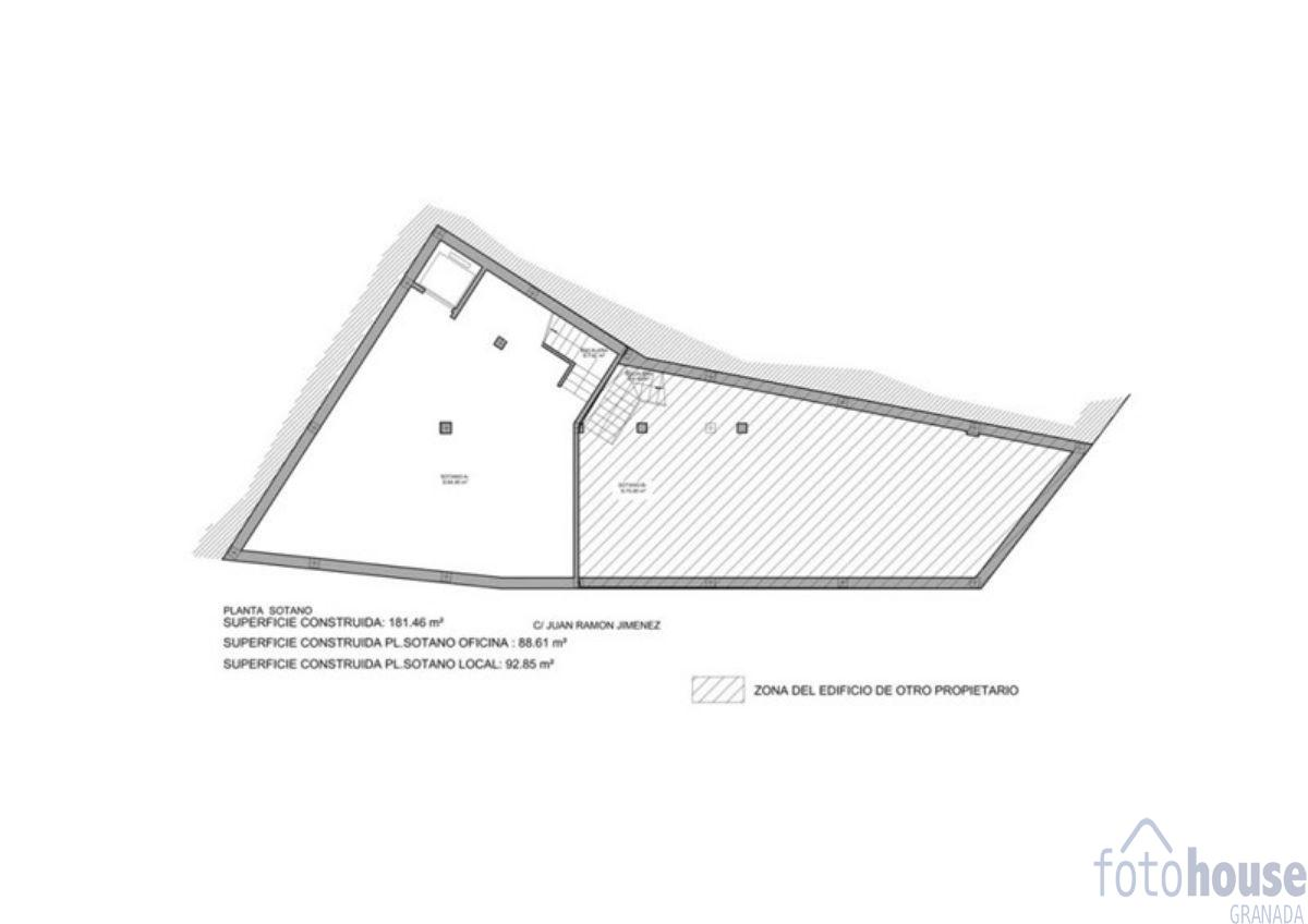 For sale of commercial in Otura