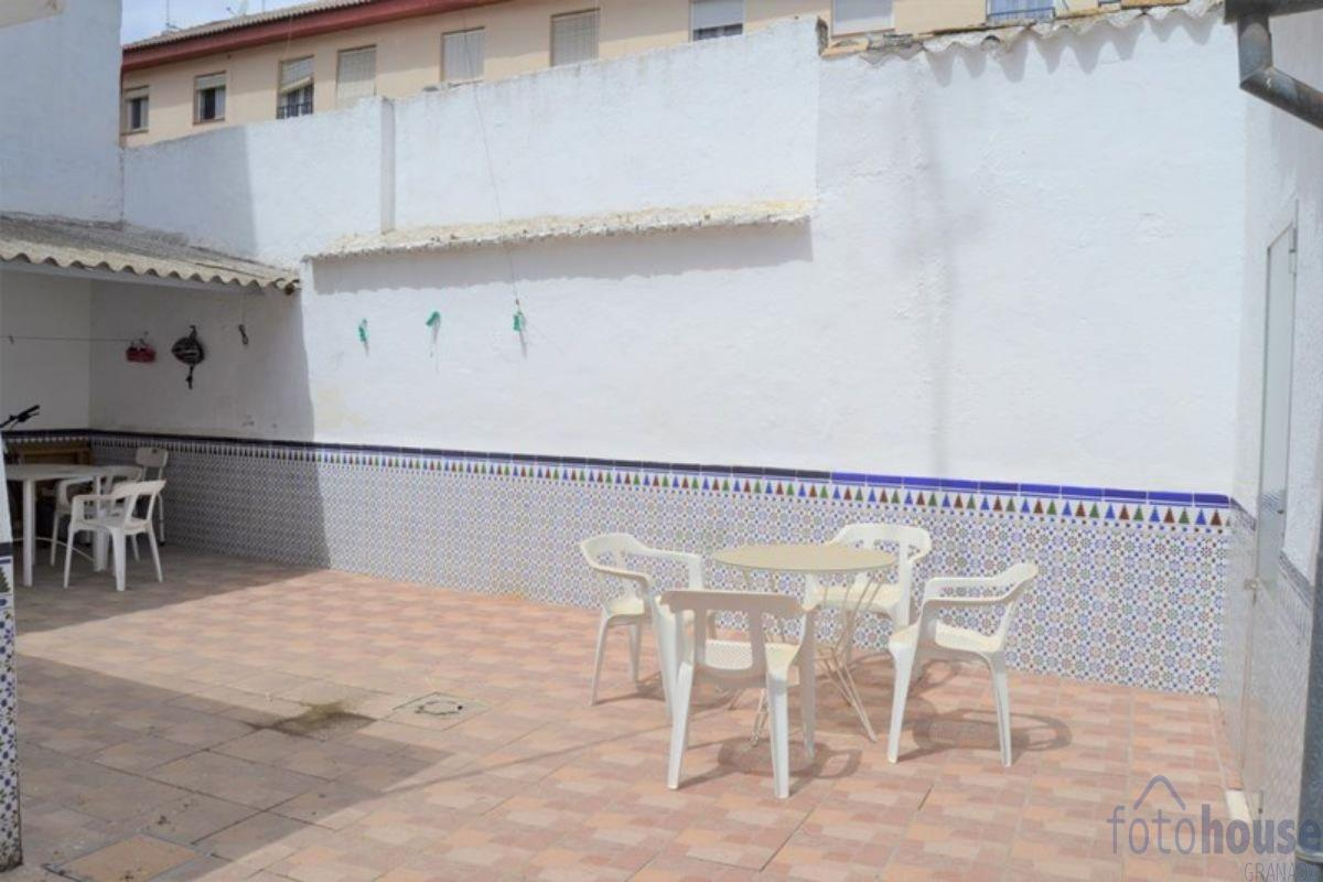 For sale of house in Albolote