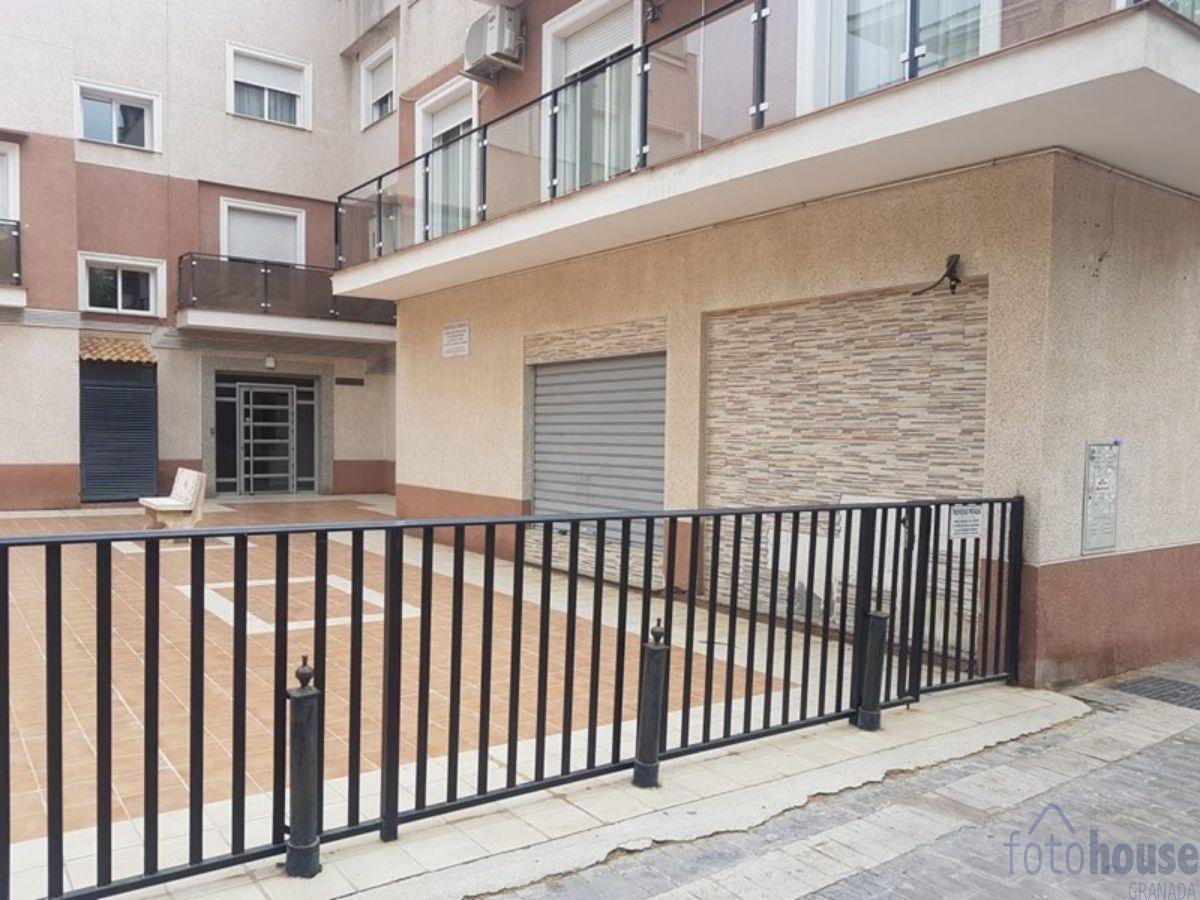 For sale of commercial in Churriana de la Vega