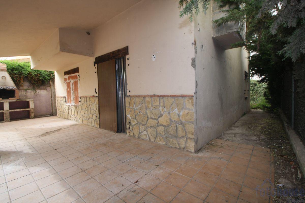 For sale of chalet in Cúllar Vega
