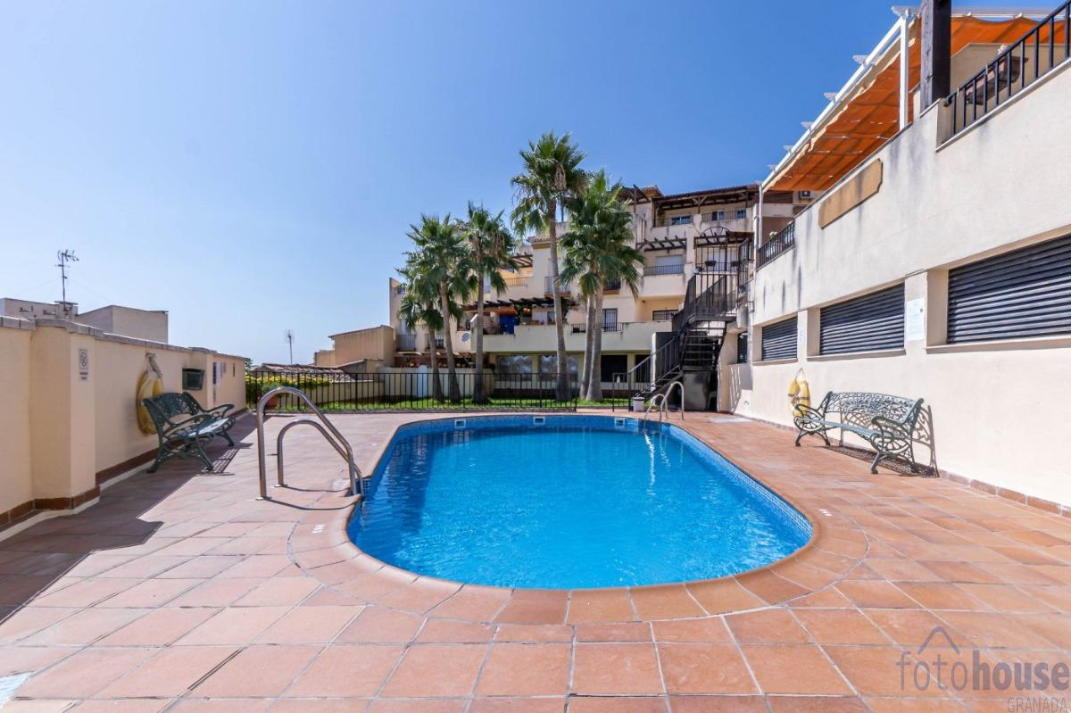 For sale of apartment in Huétor Vega