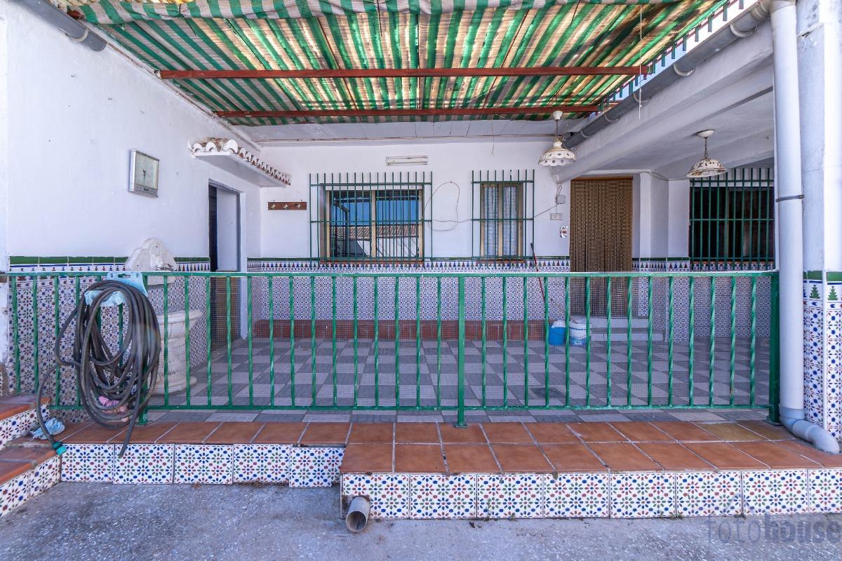 Venta de casa en Churriana de la Vega