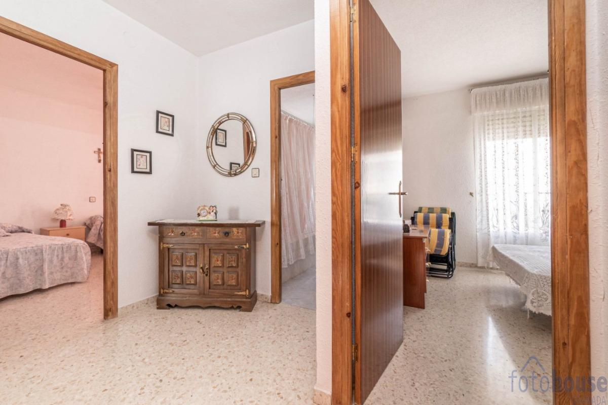 For sale of house in Montillana