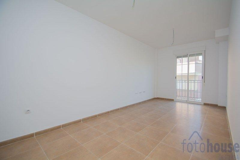 For sale of flat in Láchar