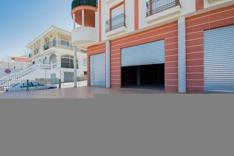 For sale of commercial in Las Gabias
