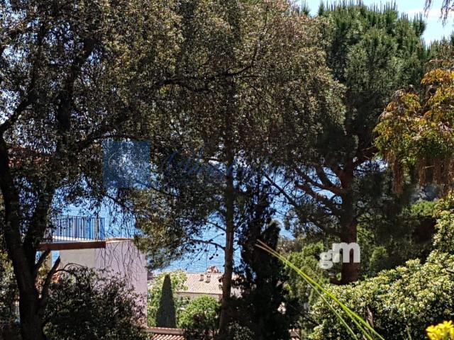 Продажа от   Земельные участки на Santa Cristina d Aro