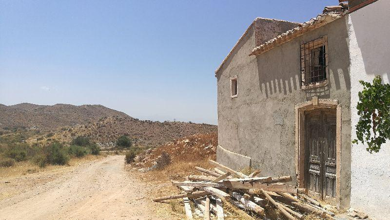 For sale of villa in Taberno