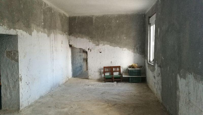 For sale of house in Oria