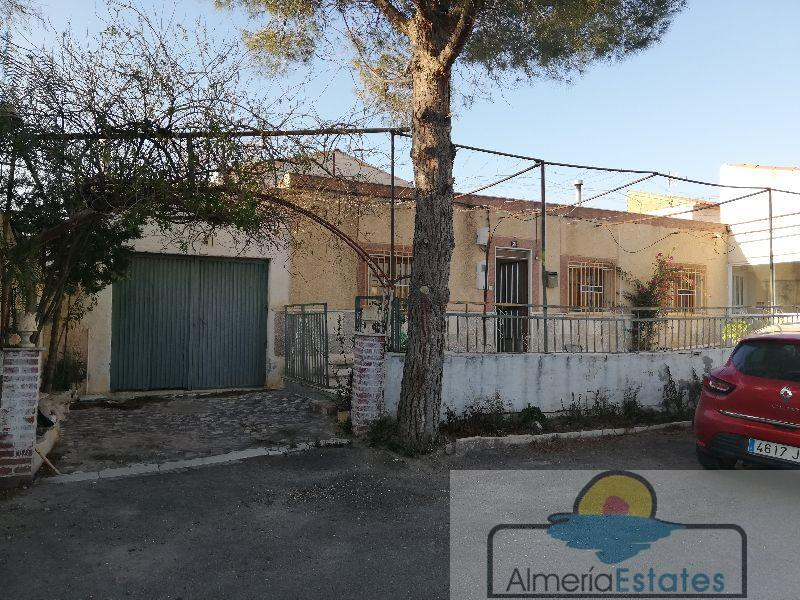 For sale of house in Fines