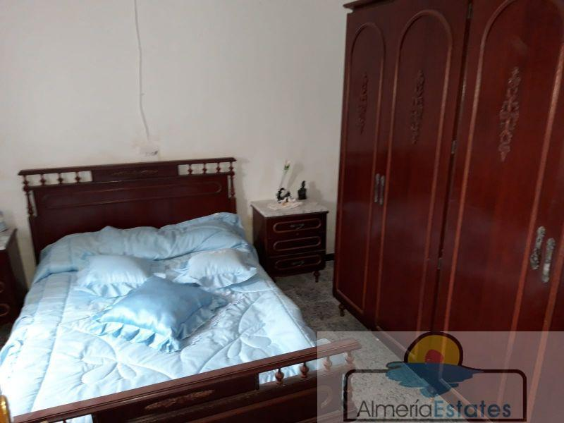 For sale of rural property in Oria