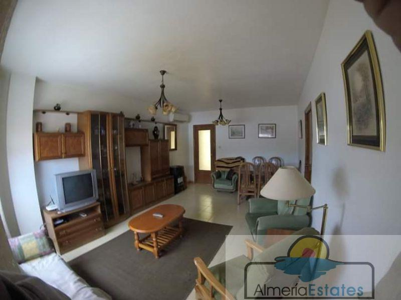 For sale of flat in Cantoria