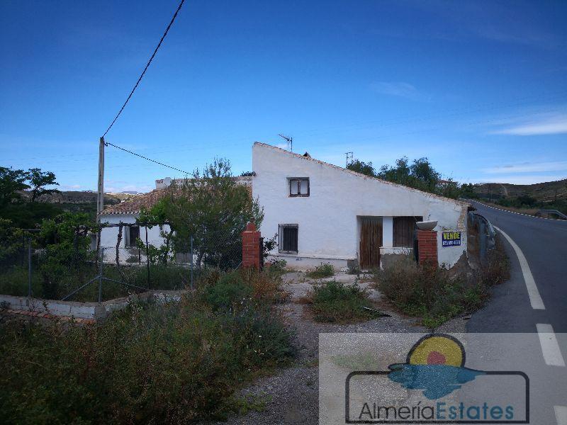 For sale of villa in Albox
