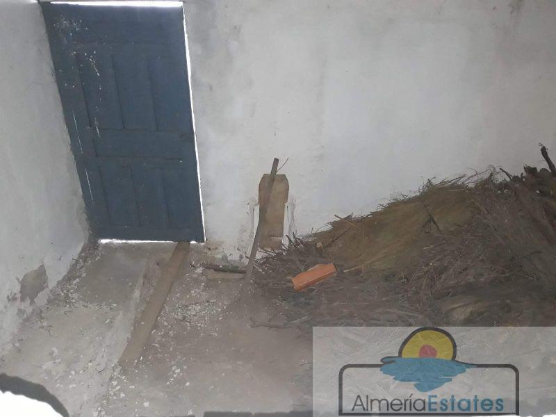 Venta de casa en Cúllar