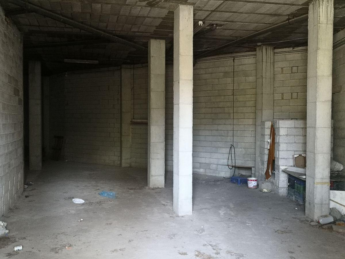 Venta de local comercial en Serón