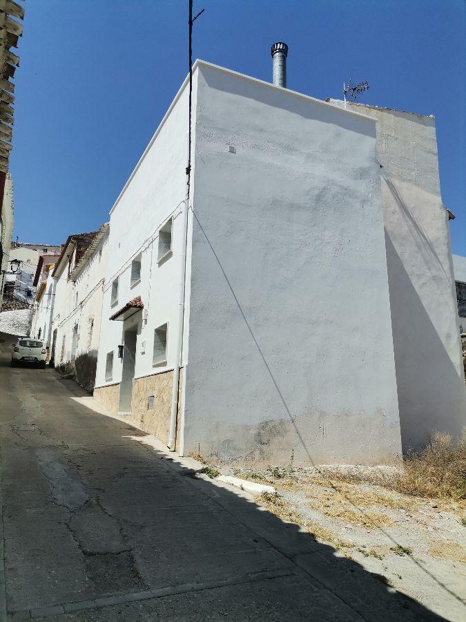 Venta de casa en Líjar
