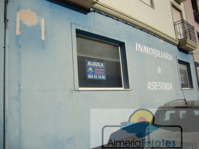 For rent of commercial in Albox