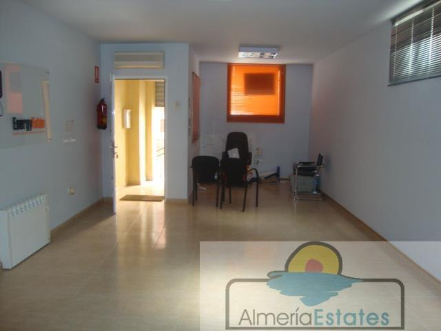 For sale of commercial in Olula del Río