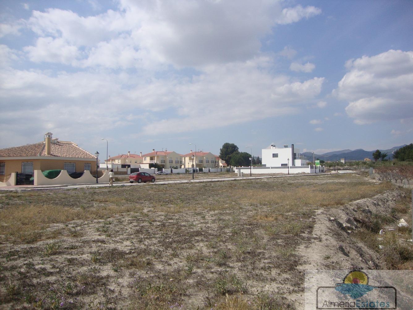 Venta de terreno en Tíjola