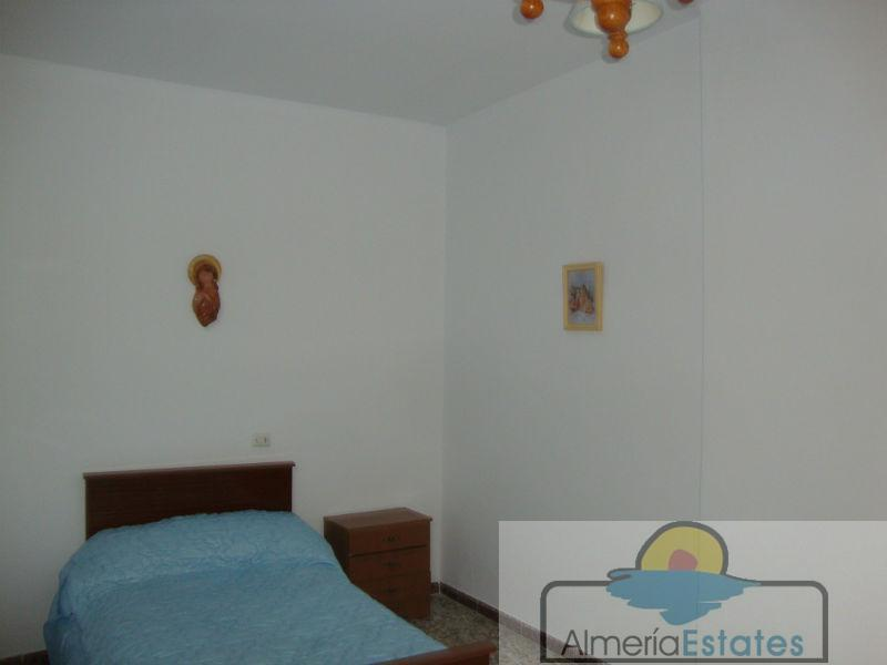 For sale of house in Cantoria