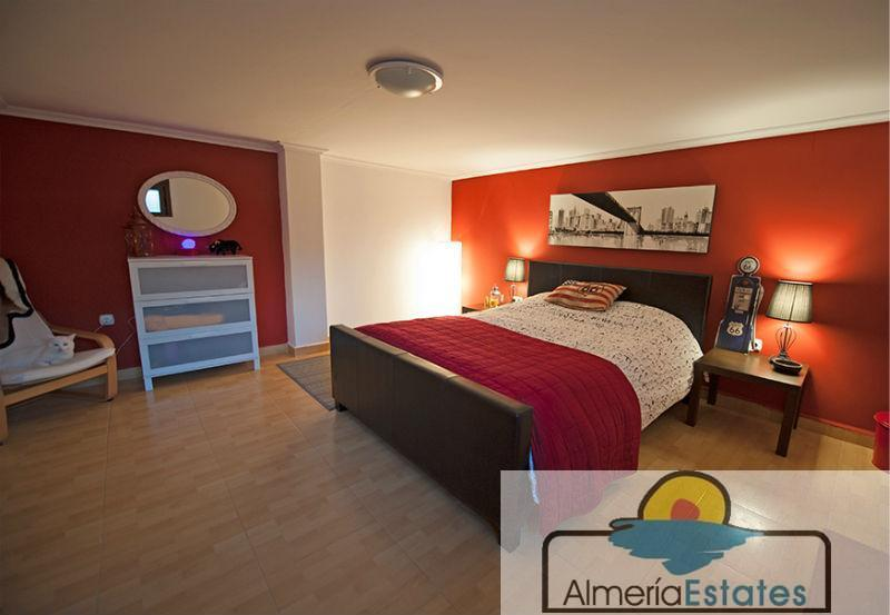 For sale of house in Vélez-Blanco