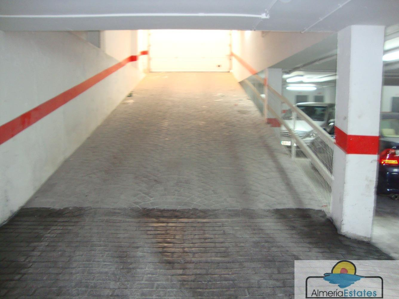 For rent of garage in Albox