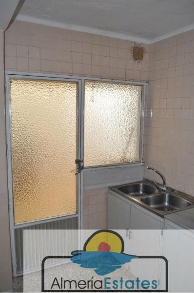 For sale of flat in Macael