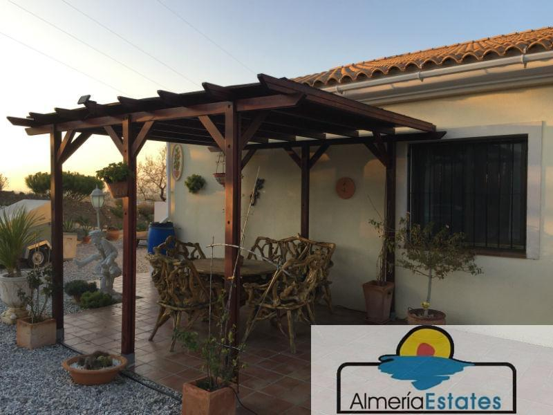 For sale of chalet in Vélez-Rubio