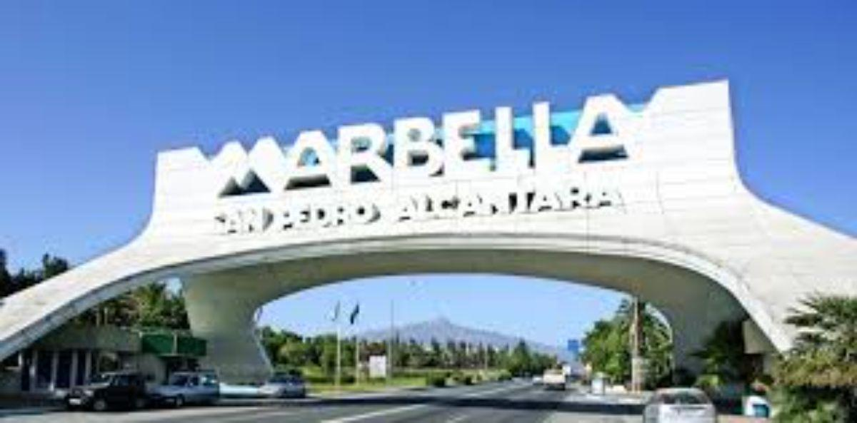 For sale of building in Marbella
