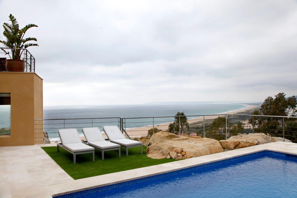 For sale of villa in Zahara de los Atunes