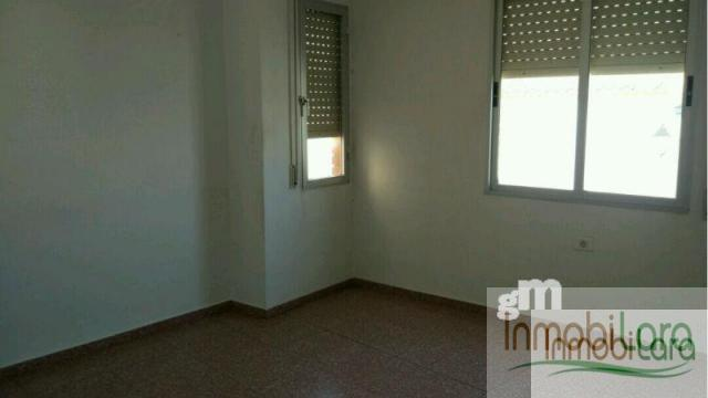 For sale of flat in Tarazona de la Mancha