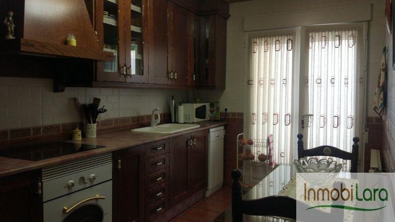 For sale of duplex in Tarazona de la Mancha