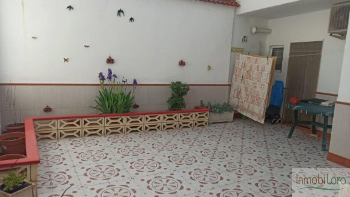 Venta de casa en Tarazona de la Mancha