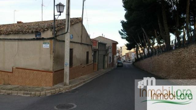 For sale of land in Tarazona de la Mancha