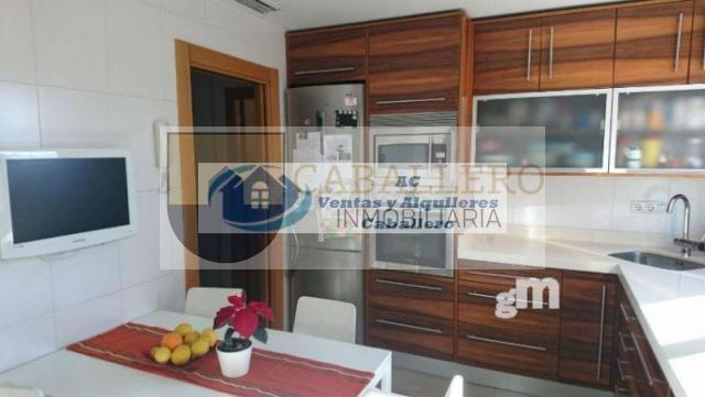 For sale of penthouse in Murcia