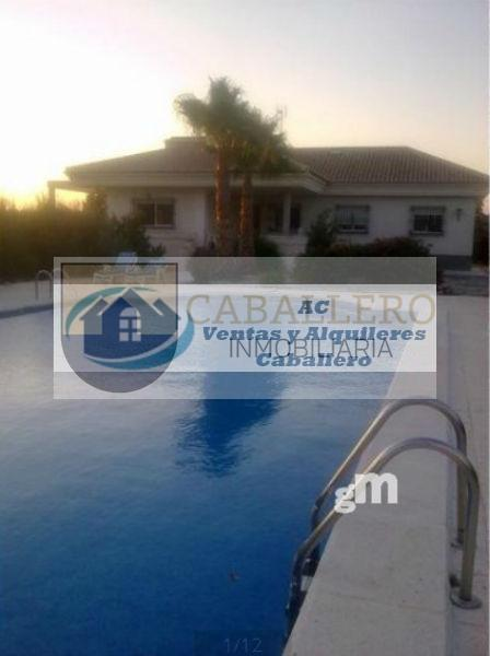 For sale of chalet in Cieza