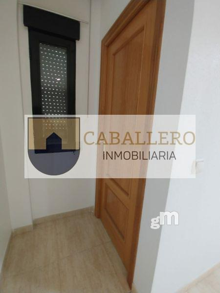 For rent of office in Murcia