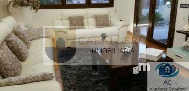 For sale of chalet in Murcia