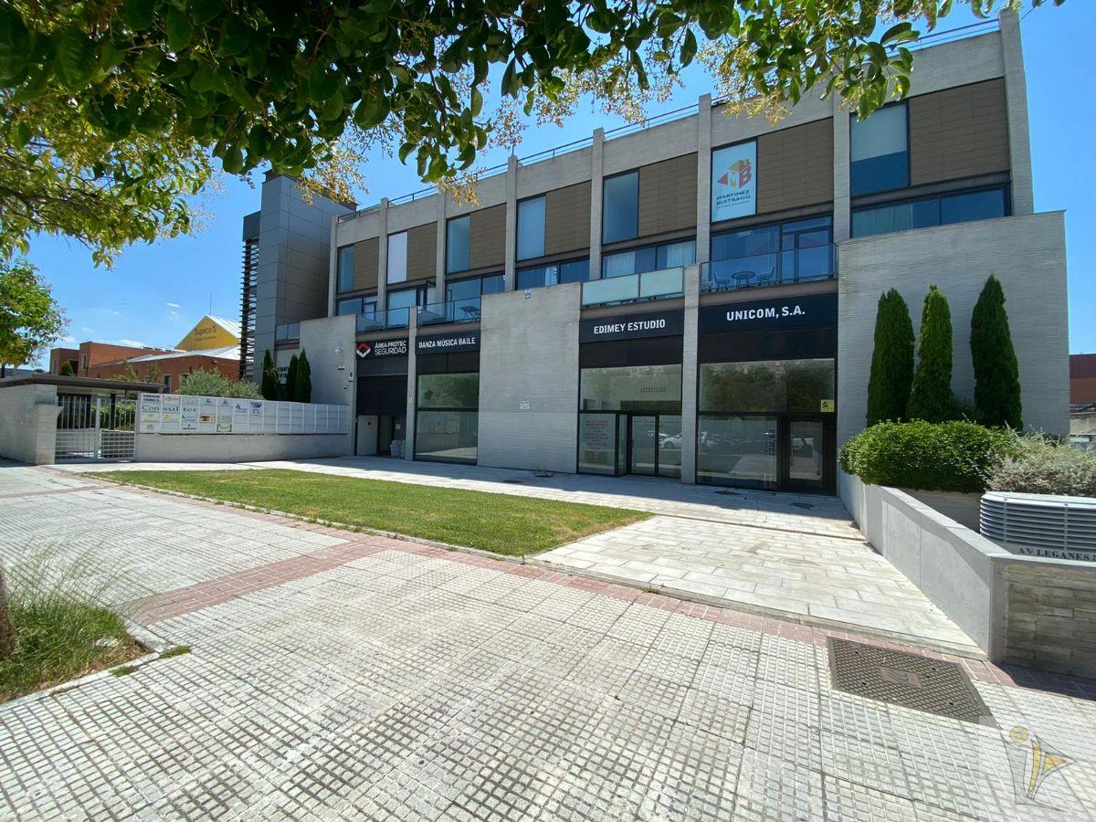 For sale of penthouse in Alcorcón
