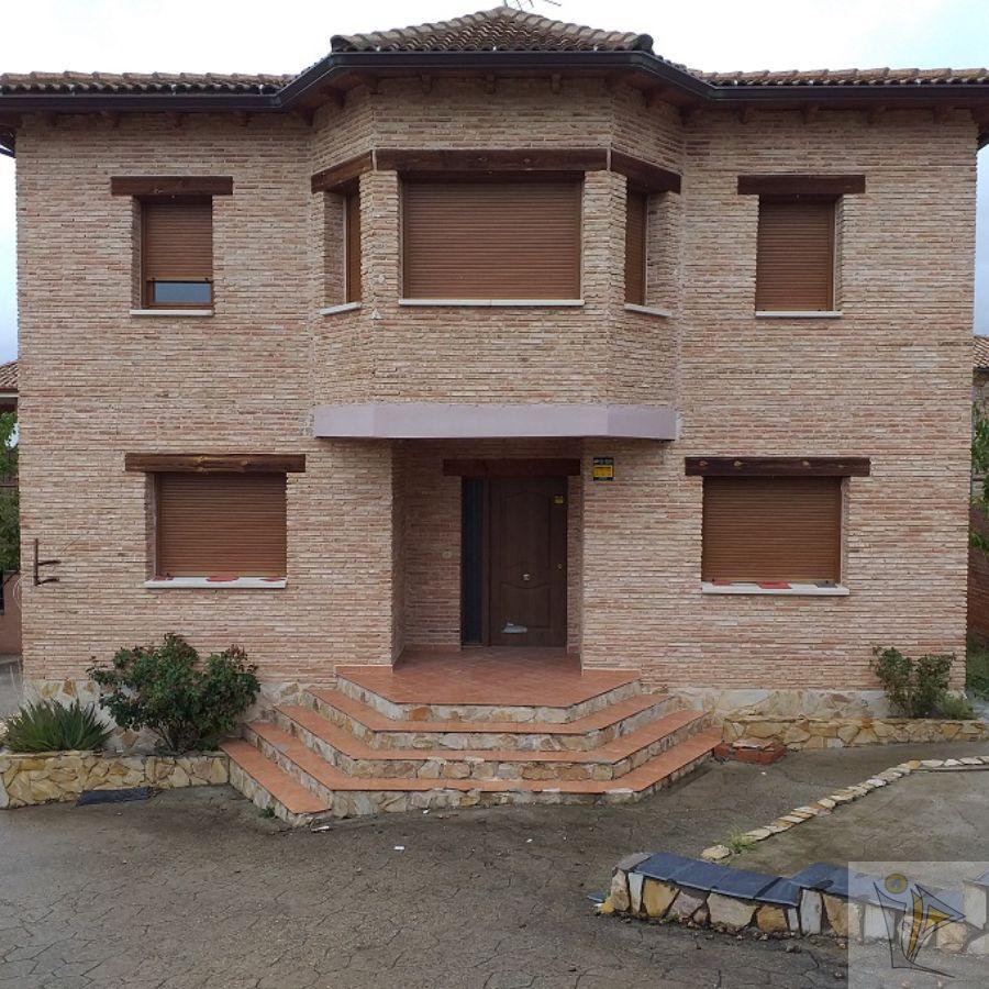 For sale of chalet in Torrelaguna