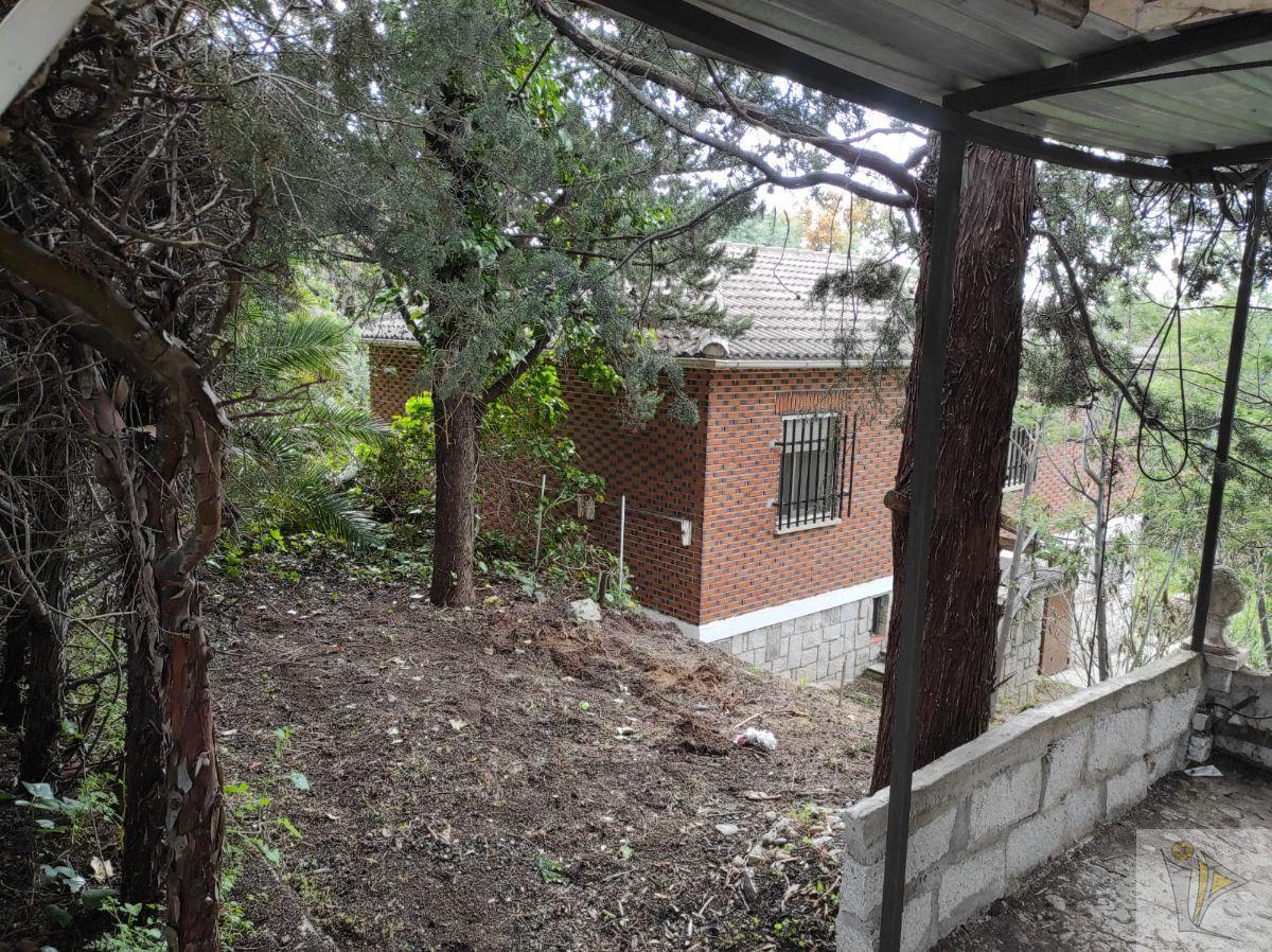 Venta de chalet en Villa del Prado