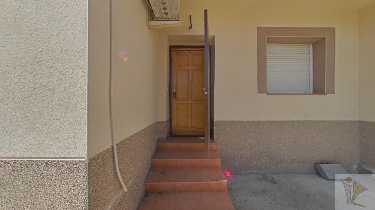 For sale of house in Domingo Pérez