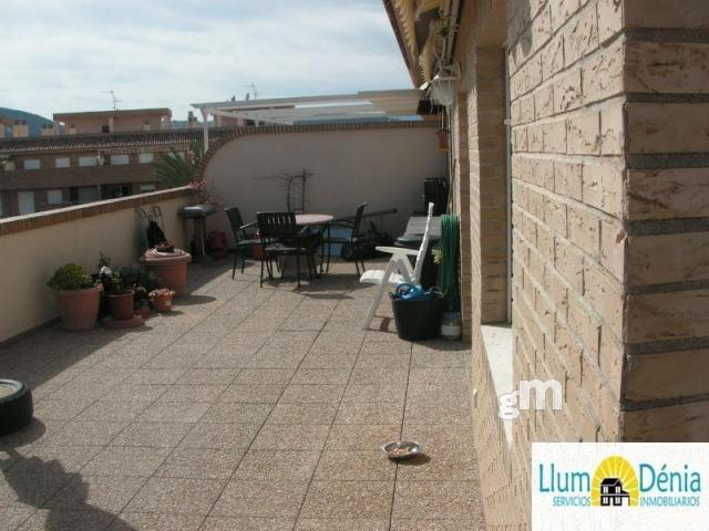 For sale of penthouse in Denia
