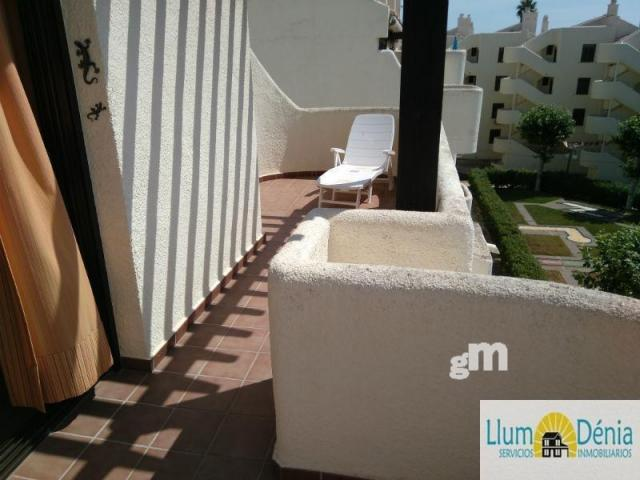 For sale of penthouse in Dénia