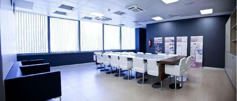 For rent of office in Granada